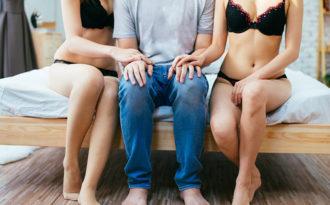 Секс игры для троих